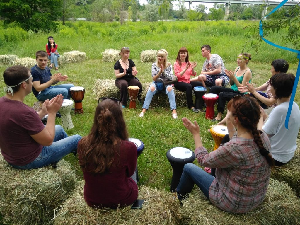 этнические барабаны - обучение в школе перкуссии